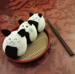 Sushi cat - Free amigurumi pattern | 253x255